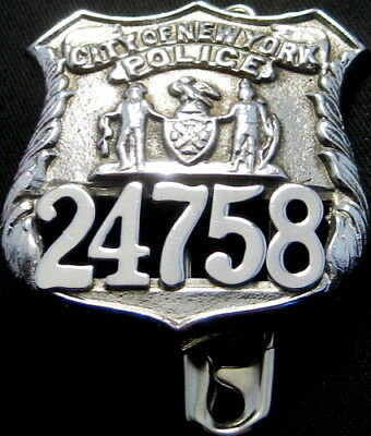 City Of New York Obsolete Police Badge 64 x 56mm