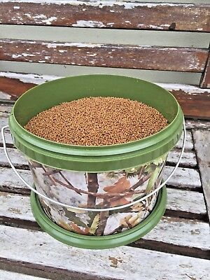NGT 3L Camo Bait Bucket Filled with 2mm Skretting Carp Pellets