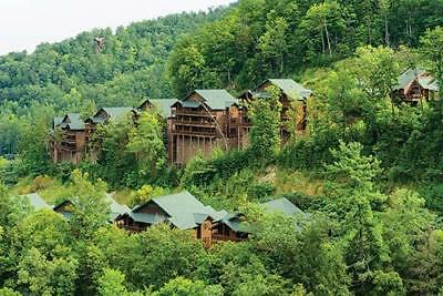 Westgate Smoky Mountain 2 Bed Deluxe Annual Year Timeshare For Sale!