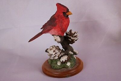 1996 Country Artist Red Cardnial Figurine