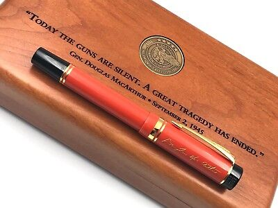 1995 PARKER DUOFOLD LIMITED EDITION of 1945 DOUGLAS MACARTHUR FOUNTAIN PEN WWII