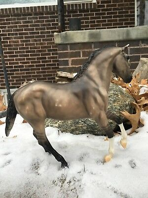LOT OF 2 BREYER BODIES--2007 AQHA Hollywood Gold AND 2004 Grullo AQHA Model #678