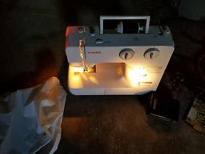 Singer Sewing Machine Appliance with Foot Pedal Model