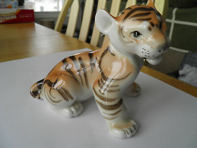 Vintage Figurine Of A Siberian Tiger Cub Made In Ussr - Beautiful Coloring