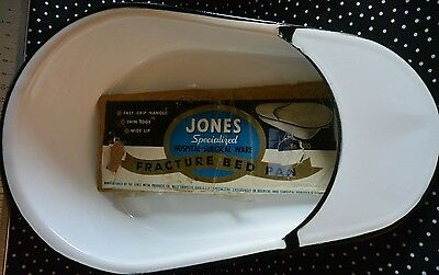 Jones Metal Products U.S.A. Porcelain Enamelware Hospital Fracture Bed Pan