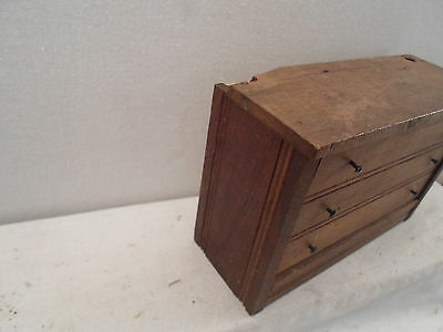 toy miniature dresser, child or doll dresser, great item, great for jewelry !!!!