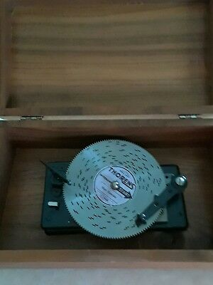 THORENS  WOOD  MUSIC BOX DELUXE + 1 disc