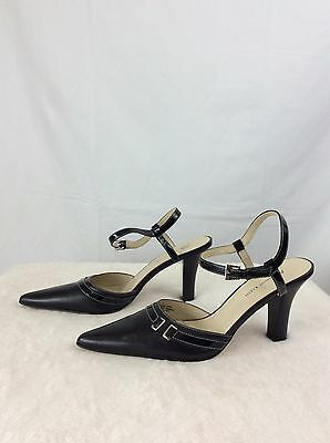 AK Anne Klein Womens Black Leather Upper Ankle strap Size 8 Cute Close Toe