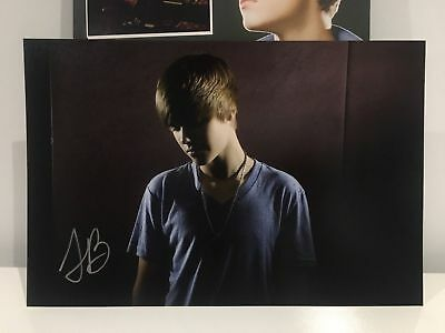 Justin Bieber Authentic Autograph My World Tour Vip Photo Pack