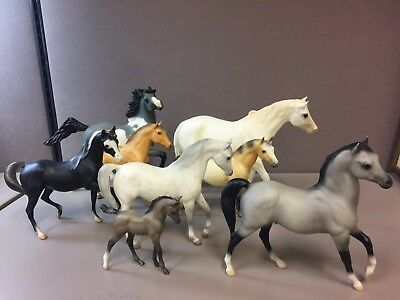 Mixed Lot of 8 Vintage  Breyer Holdings Horses