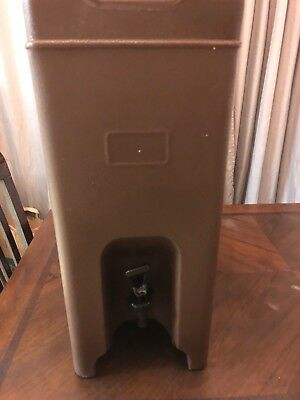 Carlisle XT500001 Cateraide Insulated Beverage Server Dispenser 5 Gallon Brown