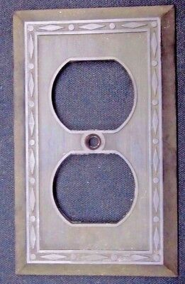 Vintage Leviton Dots Diamonds Thin Lines Brown Deco Bakelite Outlet Plate Cover