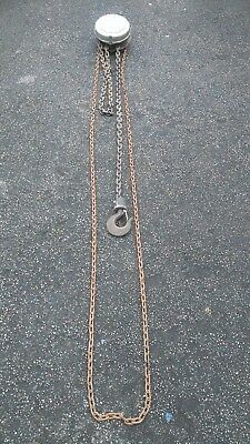 Felco 2 tonne lifting chain block and tackle.
