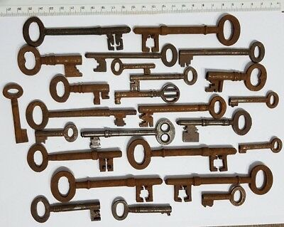 Collection lot of Old Antique Vintage Door Keys Steampunk Rustic Home Decor Key