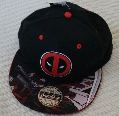 100% authentic 9ef27 8df2a Marvel Deadpool with Comic Artwork Bill Snapback Cap Hat New W  Tag