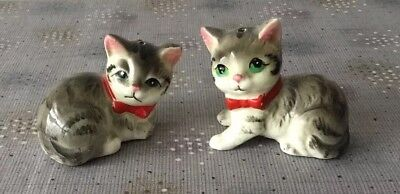 Vintage Gray Tabby Cat Salt Pepper Shakers Red Bow Green Eyes Japan