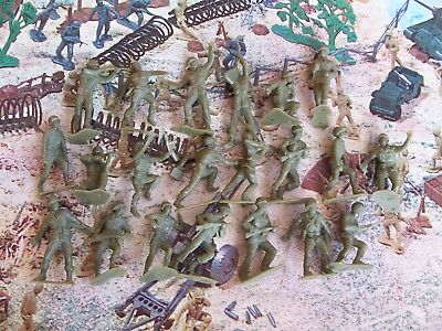 Vintage Marx 1960s WW2 Battleground Play Set Green AMERICAN Toy Soldiers +