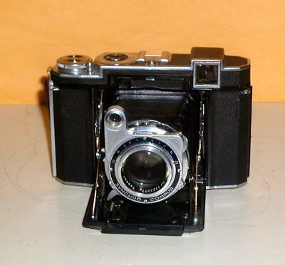 Zeiss Icon 5 32/16 Super Iconto folding camera with leather case year 1930