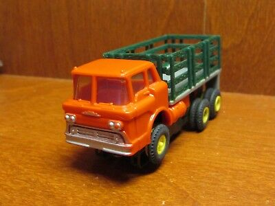 Aurora Tjet Mack Stake Truck Red W/grey Bed Green Stakes Pretty Nice Vintage