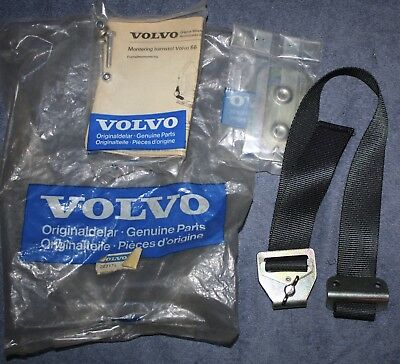 Volvo 66 Montagesatz Kindersitz mounting set child safety seat NOS new old stock