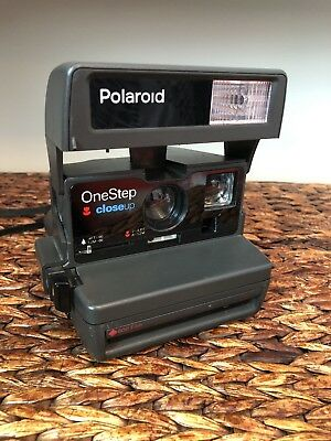 Vintage Polaroid One Step Close Up Camera Flash 600 Film Instant Photo  TESTED