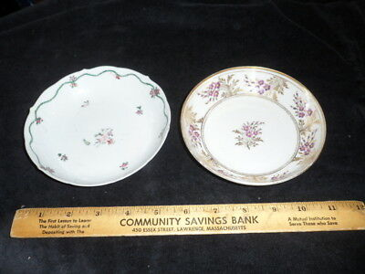 2 Small 18th C Chinese Export Bowls with Floral Decoration
