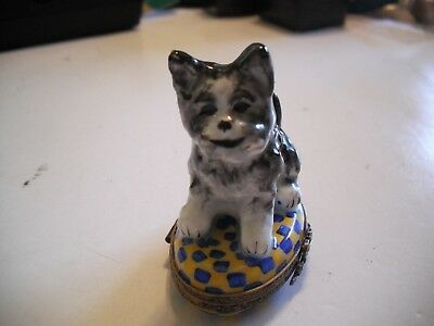 Peint Main Limoges Adorable Black and White Dog Trinket Box