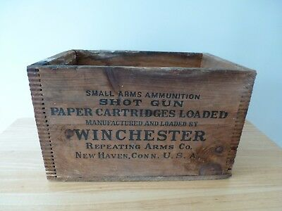 Vintage Winchester Dovetail Wooden Ammo Box