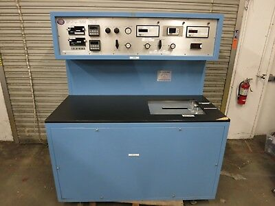 Thunder Scientific Model 7000 Test Temperature Chamber / Humidity Generator