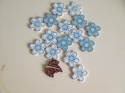 Scrapbooking Craft 15 x White Blue Wooden Daisies and One Leaf