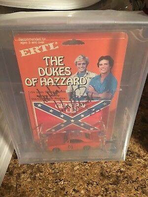 dukes of hazzard general lee 1/64 Graded And Autographed