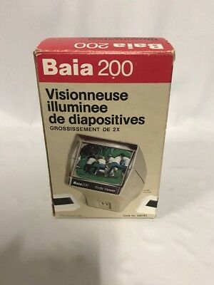 BAIA 200 ILLUMINATED SLIDE VIEWER 2x Magnification 2x2 Slides Battery Operated