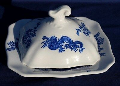 """SOHO POTTERY """"DRAGON - SOLIAN WARE"""" PLATE AND LID. Excellent Conditon"""