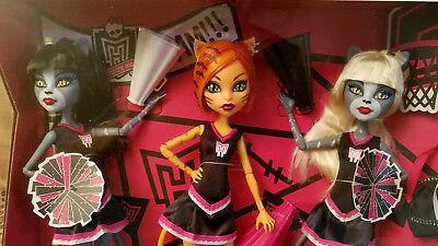 MONSTER HIGH Doll FEARLEADING 3 Pack TORALEI & WERECATs Toys R Us EXCLUSIVE 2012