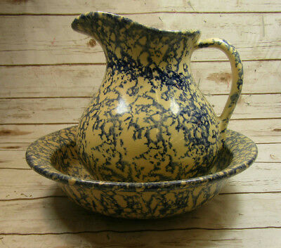 * Robinson Ransbottom Large Pitcher With Basin Blue Spongeware