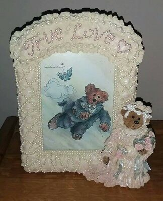 "Boyds Bear ""Bailey the Bride"" Figural 3D Pearlescent Wedding Day Picture Frame"