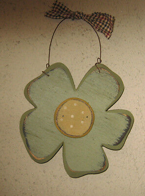 PRIMITIVE  COUNTRY  small SPRING FLOWER celery green