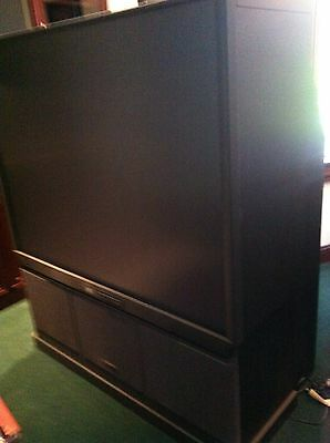 "Hitachi Ultravision 60"" rear projection TV big screen 60SX12B for parts or repai"