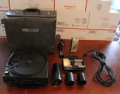 Kodak Carousel 650H, Stack Loader, 3 Lenses, Remote Control and Carrying Case