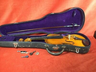 Vintage 1913 Lyon Healy Student Violin Vintage Hard Case with Bow