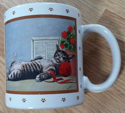 Mug Sleeping Tabby Cat Nap Paw Red Yarn Flower Xmas '86 Ceramic Japan Vtg Vandor