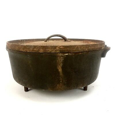 Vintage 3 Legged #12 Cast Iron Dutch Oven With Lid & Handle Cowboy Camp Cooker