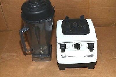 Vitamix 5000 Blender Total Nutrition center with 64oz. Container VM0103