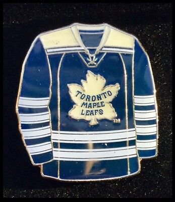 Toronto Maple Leafs NHL Winter Classic Ice Hockey Jersey Pin Badge