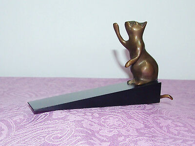"Solid Brass ""sitting Kitty Kat"" With Wooden Base Door Stop ~ New"