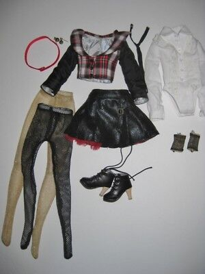 Tonner Wilde Imagination Ellowyne Metro Girl Outfit Only