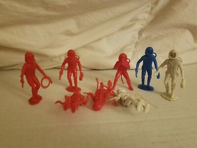 8, Marx Astronaut Assorted Mystery Space Ship 1960s Vintage Plastic Play Figure