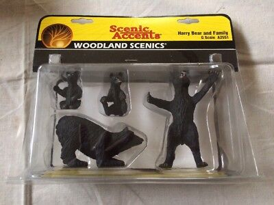 Woodland Scenics Accents Harry Bear Family~G Scale A2553~Black~Cubs~Wildlife