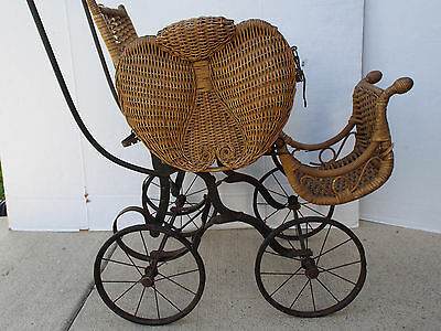 1800's HEYWOOD Butterfly Shape Rattan Wicker Child Doll Buggy Stroller Carriage