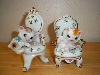 (2) Vintage Sugar Glaze Porcelain Figurines Kitty Cats On Victorian Chairs Japan
